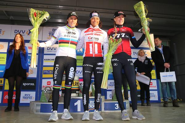 Wereldkampioene Sanne Cant bevestigt betere vorm in Loenhout